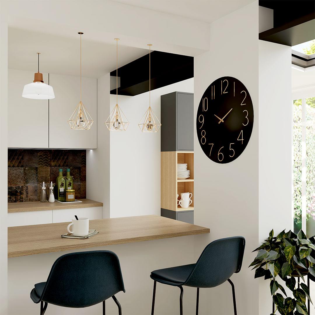 cuisine-ouverte-rénovation-bar-salon-chaises-hautes-maisonetvous