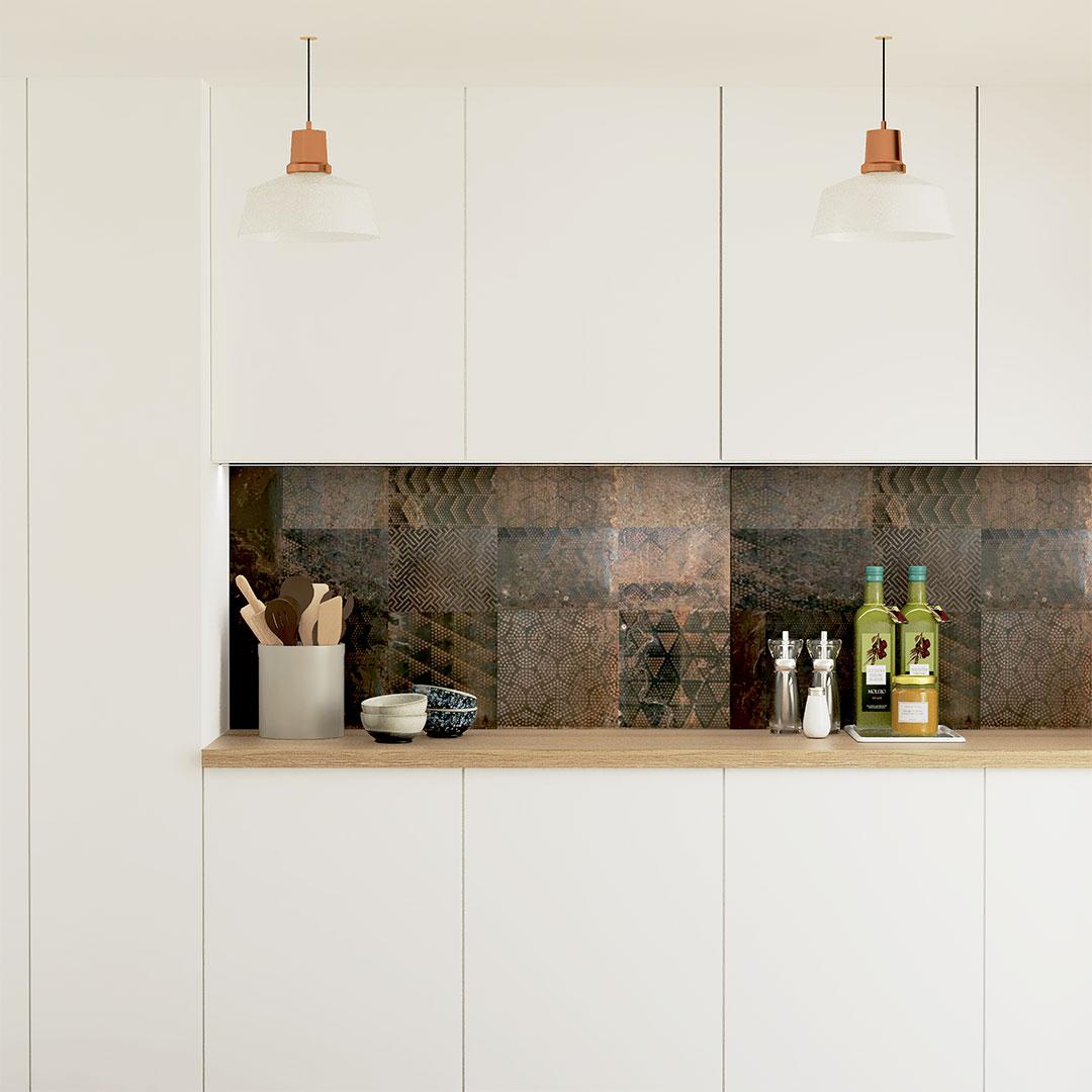mobilier-cuisine-blanche-carrelage-métal-maisonetvos